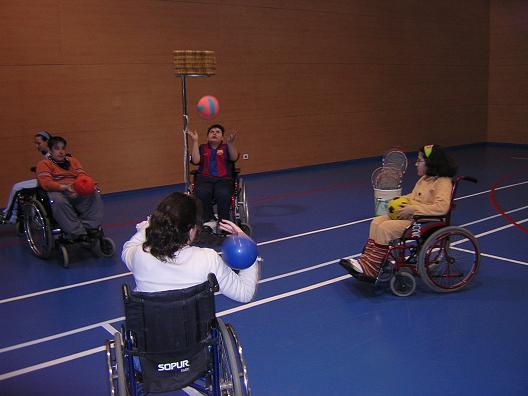 Korfbal en silla de ruedas inclusi n coeducaci n y cooperaci n - Deportes en silla de ruedas ...