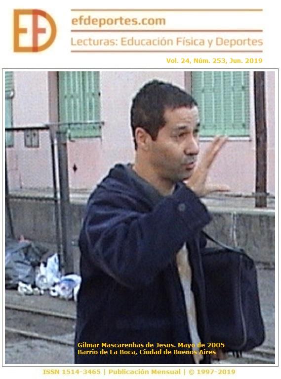 Gilmar Mascarenhas de Jesus en el Barrio de La Boca, mayo de 2005